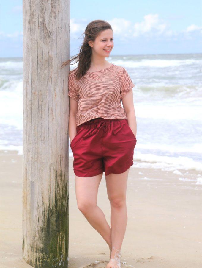 Ein Tag am Meer • Inari Tee & Spring Shorts